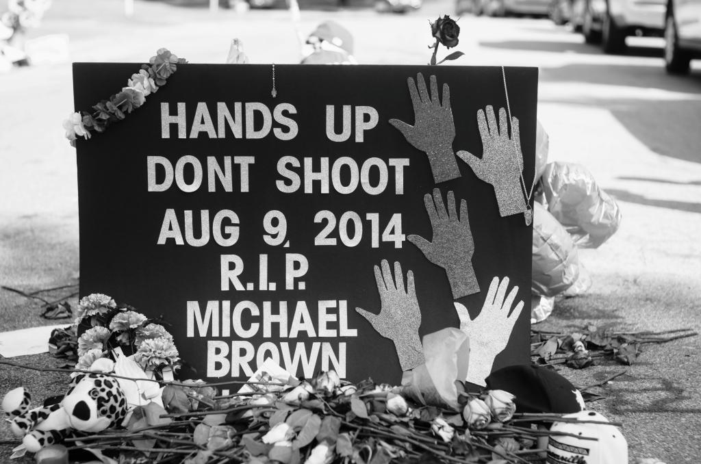 Memorial_to_Michael_Brown